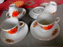 MITTERTEICH BAVARIA 4 Tasses à Café Thé +sous Tasses FAÏENCE - Fleurs Marguerite Orange - Mitterteich (DEU)