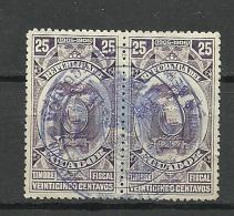 ECUADOR 1905/06 Old Revenue Tax Stamp In Pair O - Ecuador