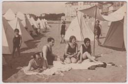 64 - Saint Jean De Luz - Carte Photo - Sur La Plage (femmes , Hommes Et Enfants En Maillot De Bain) - Saint Jean De Luz