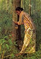 """05613  """"MALAYSIA  - A RUBBER TAPPER"""" ANIMATA. CART. POST. ORIG. SPEDITA 1983 - Malesia"""