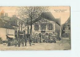 BOURBON L' ARCHAMBAULT - Place De L' Hôtel Un Jour De Marché - Superbe Plan Animé -  2 Scans - Bourbon L'Archambault