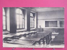 Carte Très Peu Courante - Pont L'Abbé - Ecole Primaire Supérieure - Salle D'Etudes - Scans Recto-verso - Pont L'Abbe