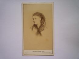 Portrait De Femme  :  Jolie Photo Format  10,5 X 6,5cm  -  CH. REUTLINGER  Photographe  PARIS - Anciennes (Av. 1900)