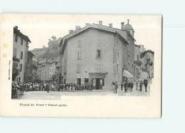 TENAY - Place Du Pont Avec Beau Plan Animé - Devanture Gindre - Dos Simple -  2 Scans - Frankreich