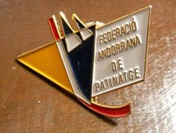 PIN - Federació Andorrana De Patinatge - Pin's