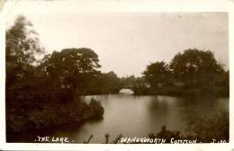 LONDON - WANDSWORTH COMMON - THE LAKE RP - JOHNS? Lo1038 - London Suburbs