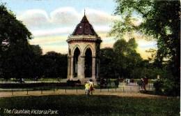 LONDON - TOWER HAMLETS/HACKNEY - VICTORIA PARK - THE FOUNTAIN Lo1040 - London Suburbs