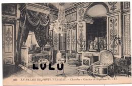 DEPT 77 : Palais De Fontainebleau Chambre A Coucher De Napoléon 1er - Fontainebleau