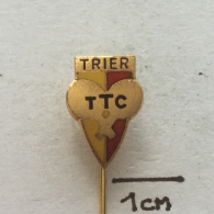 Badge / Pin ZN001915 - Table Tennis (Ping Pong) Germany (Deutschland) TTC Gelb-Rot Trier - Table Tennis