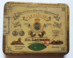 Vintage   Tin  Cigarette Box   LE KHEDIYE  ED LAURENS   EGYPT - Boites à Tabac Vides