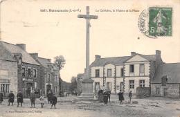 35-BONNEMAIN - LE CALVAIRE, LA MAIRIE , ET LA PLACE - France