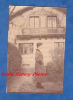 Photo Ancienne - CROISSY Sur SEINE - Jeune Femme Dans Une Belle Maison Bourgeoise - Décembre 1917 - Photos