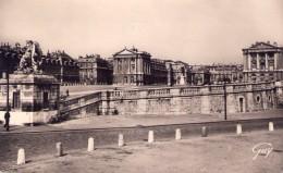 00 - CHATEAU - VERSAILLES - 1957 - N/B - André LECONTE - Châteaux