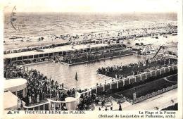 [DC2926] CPA - FRANCIA - TROUVILLE REINE DES PLAGES - LA PLAGE ET LA PISCINE - Viaggiata 1937 - Old Postcard - Trouville