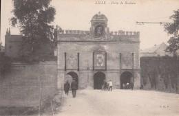 Cp , 59 , LILLE , Porte De Roubaix - Lille