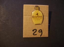 PIN´S - RESPONS  Shampoing Doux Au Nectar -   Voir Photo ( 29 ) - Parfum