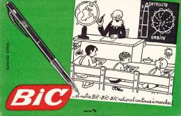 BUVARD - Stylo BIC - Format 20,5 X 13,3cm - Kids