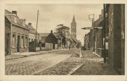 59 BAUVIN / Une Rue Et L'Eglise / - Otros Municipios