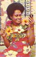 OCEANIE - ILES FIDJI - Fiji Islands Fidschi-Inseln - GETTING READY FOR THE DANCE Women And Her Coiffure CPSM Format CPA - Figi