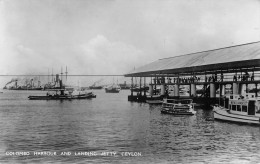 "04446 ""COLOMBO HARBOUR AND LANDING JETTY - CEYLON"" ANIMATA, NAVI. CART NON SPED - Sri Lanka (Ceylon)"