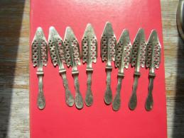 LOT DE 8 CUILLERES A ABSINTHE EN INOX SANS MARQUE - Spoons