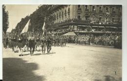 MILITARIA - CARTE PHOTO  - PARIS  -  DEFILE MILITAIRES  - LES  GRECS - Autres