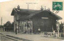 89 - Savigny - Gare - Chemin De Fer - Ligne Montargis à Sens - Stazioni Senza Treni