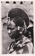 NIGER , Coiffure D´un Femme Peule, Carte Dentelée, Glacée - Postcards