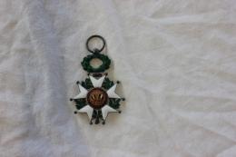 LEGION D HONNEUR 1870 REPUBLIQUE FRANÇAISE HONNEUR ET PATRIE - Médailles & Décorations