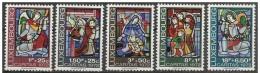 Lussemburgo/Luxembourg: Vetrate Religiose, Religious Stained Glass, Vitraux Religieux - Vetri & Vetrate