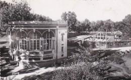 ANTSIRABE,station Thermale, La Buvette Et La Piscine, Photo Série Stavy - Madagascar