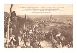 CPA  62 CPA NOTRE DAME DE LORETTE Cérémonie Historique Du 12 Septembre 1920 Autorités Gravissant Colline - Guerre 1914-18