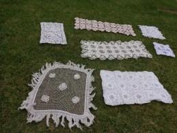 Lot De Centres De Table +napperon Aux Crochets Au Filet Etc.... - Napperons