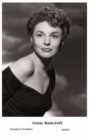 ANNE BANCROFT - Film Star Pin Up - Publisher Swiftsure Postcards 2000 - Artistes
