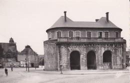 59----DOUAI----porte De Valenciennes--voir 2 Scans - Douai