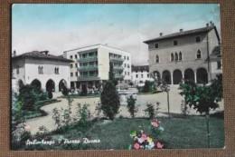 SPILIMBERGO  PIAZZA DUOMO  - - Italia