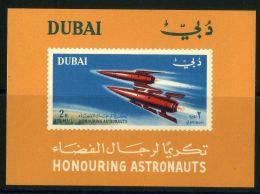 DUBAI  CONQUETE DE L ESPACE : Y&T N°  17  BLOC  NEUF  SANS  TRACE  DE  CHARNIERE , A  VOIR . - Timbres