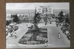 CHIOGGIA  SOTTOMARINA  STAB.ASTORIA   AUTO EPOCA    VESPA   ANIMATA  -1957  -  BELLISSIMA - Italia