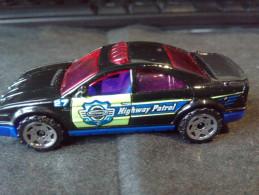 MATCHBOX MATTEL 2001 POLICE CAR 1:64 HIGHWAY PATROL RARE LOW PRICE EVER DIECAST METAL - Matchbox (Mattel)
