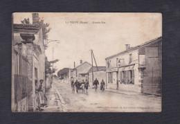 La Veuve  (51) - Grande Rue ( Animée  Grands Economats Francais Ed. Photo Souvenir ) - France