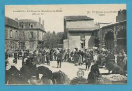 CPA - Métier Marchands Ambulants Place Du Marché Et La Halle BRIOUDE 43 - Brioude