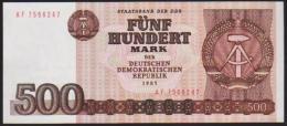 1985 GDR STAATSBANK FUNF 500 DEUTSCHE MARKS IN A CRISP AU CONDITION. - [ 6] 1949-1990 : RDA - Rep. Dem. Tedesca