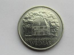 Ddr 5 Mark, 1982 Goethe's Weimar Cottage - [ 6] 1949-1990: DDR - Duitse Dem. Rep.