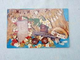 Carte Postale Ancienne : TAHITI : Articles Indispensables à La Danse Tahitienne - Polynésie Française