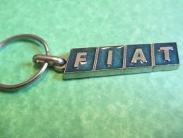 Automobile /FIAT/Métallique/Garage Du Blavet /PONTIVY//Années 60    POC131 - Key-rings