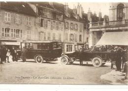 - JURA TOURISTE - LES AUTO CARS LEDONIENS - LE DEPART . CARTE TRES ANIMEE . NON ECRITE - Lons Le Saunier