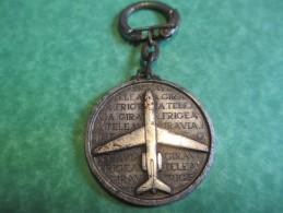 Aéronautique / Société Française FRIGEAVIA/ Métallique /Paris / Argent ? /vers  1960     POC170 - Key-rings