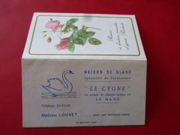 Calendrier De Poche Publicitaire 1969 LE MANS LE CYGNE Maison Du Blanc Madame LOUVET Avenue Leclerc SARTHE Roses - Petit Format : 1961-70