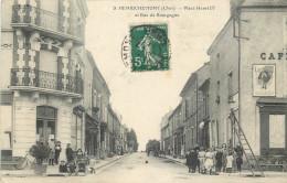 18 - CHER - Henrichemont - Place Henri IV - Rue De Bourgogne - Henrichemont