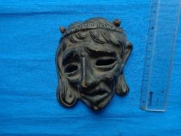 Masque En Terre Cuite  (personnage A Identifier) - Art Populaire